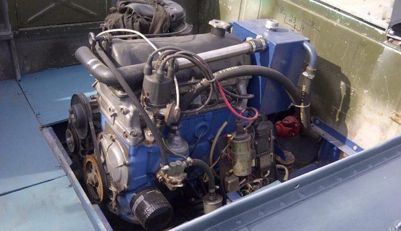 Лодка Днепр с встроенным мотором