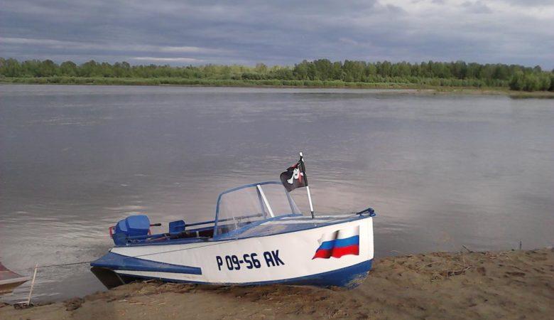 Лодка Казанка М